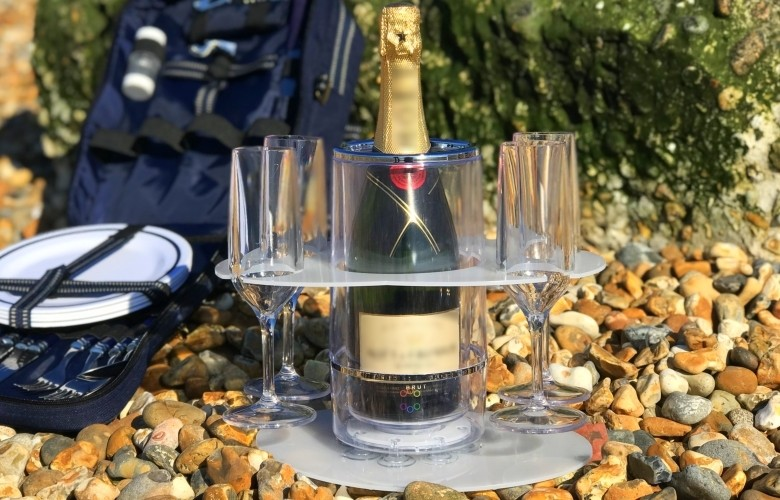 Grip-O with 2+2 Champagne Flute/Wine glass Party Tray and Perfect Picnic Tray